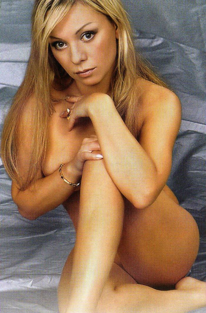 eroticheskoe-foto-i-saltikovoy