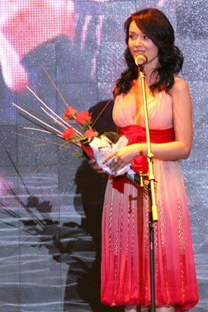 Порно фото с Анастасией Заворотнюк в журнале Glamour.